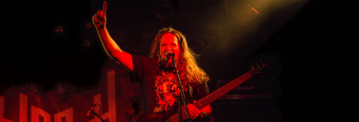 Bloodgod featuring Frank (Disquiet, ex-Cenotaph; Player (Slayer tribute band) on bass and grunts